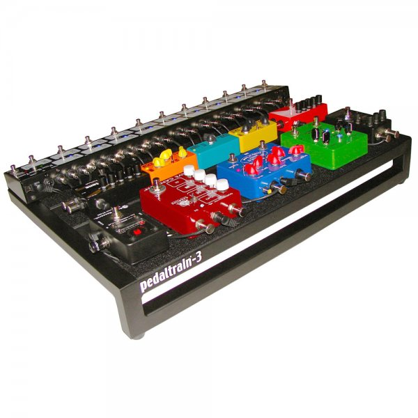 buy pedaltrain 3 with hard case pedalboard. Black Bedroom Furniture Sets. Home Design Ideas