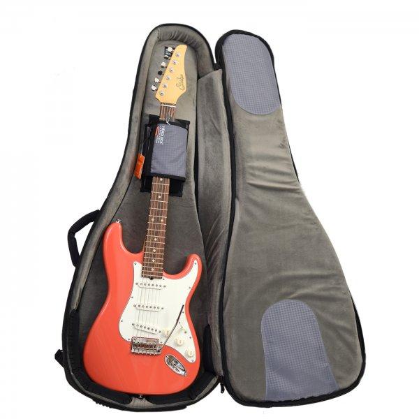 buy mono m80 electric guitar case in the uk. Black Bedroom Furniture Sets. Home Design Ideas