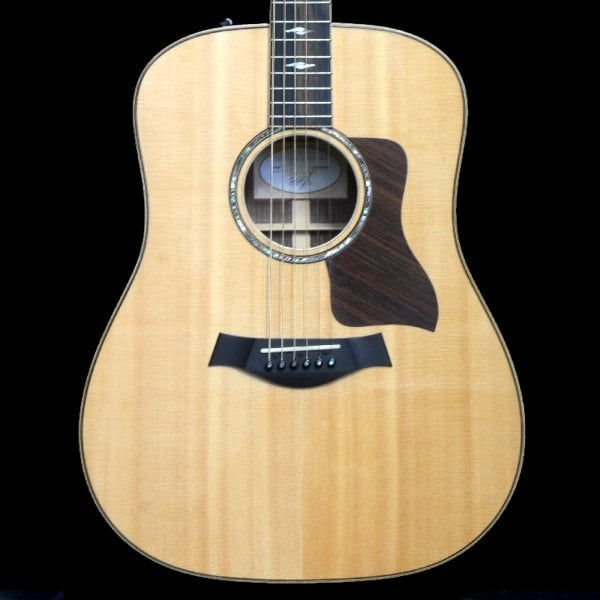 taylor 810ce dlx spruce top dreadnought acoustic guitar pre owned. Black Bedroom Furniture Sets. Home Design Ideas
