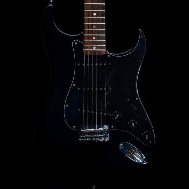 Fender 1977 Vintage Hardtail USA Stratocaster Electric Guitar in Black #S791227, Pre-Owned