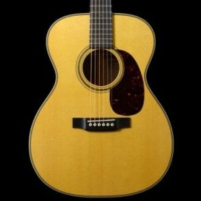 000-28EC Eric Clapton Signature Acoustic w/ L.R Baggs Lyric, Pre-Owned