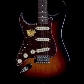 Classic Vibe Stratocaster, Left Handed, 3 Tone Sunburst
