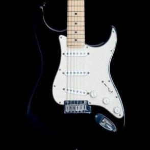 2004 American Standard Stratocaster MN in Black, Pre-Owned