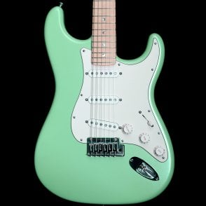 2015 Custom Deluxe Stratocaster MN in Surf Pearl, Pre-Owned