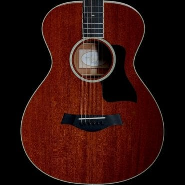522 12-Fret Mahogany Acoustic Guitar, Pre-Owned