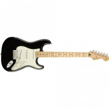 Player Stratocaster w/ Maple Fingerboard (Black)