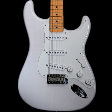 American Original 50's Stratocaster, Maple Neck, White Blonde