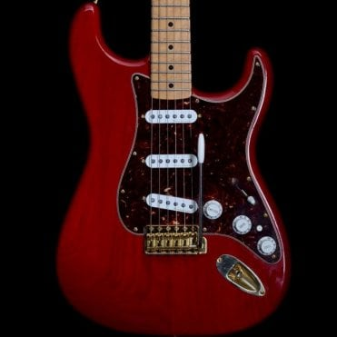 Deluxe Player Stratocaster MIM, Crimson Red Transparent Pre-Owned