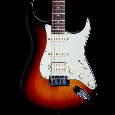 American Deluxe Stratocaster in 3-Tone Sunburst, Pre-Owned