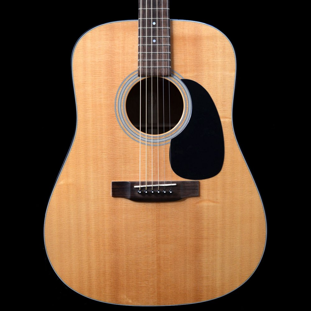 buy pre owned martin d 18 dreadnought acoustic guitar. Black Bedroom Furniture Sets. Home Design Ideas