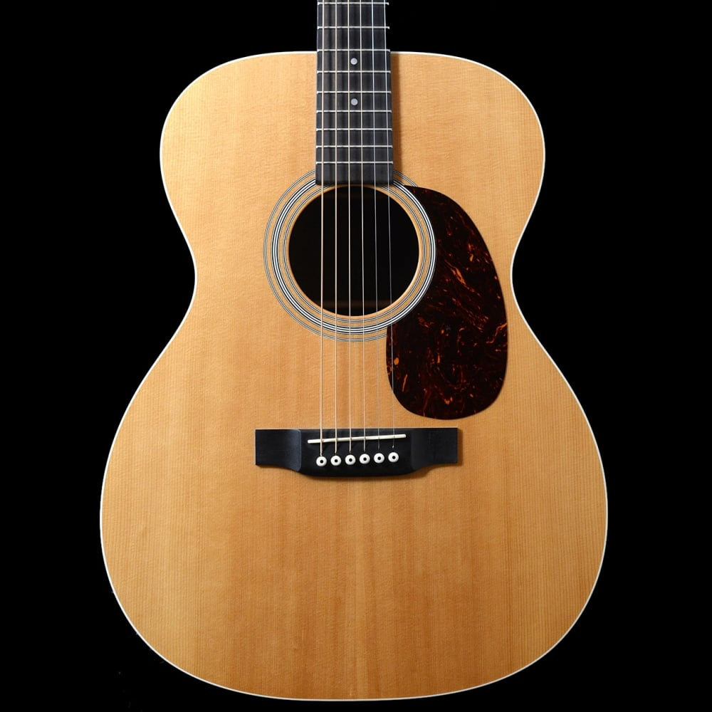 custom 000 acoustic guitar with fishman pickup 2011 pre owned. Black Bedroom Furniture Sets. Home Design Ideas