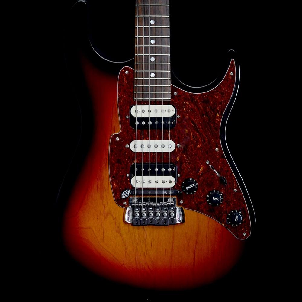 supermatic hsh electric guitar w self tuning bridge 3 tone sunburst. Black Bedroom Furniture Sets. Home Design Ideas